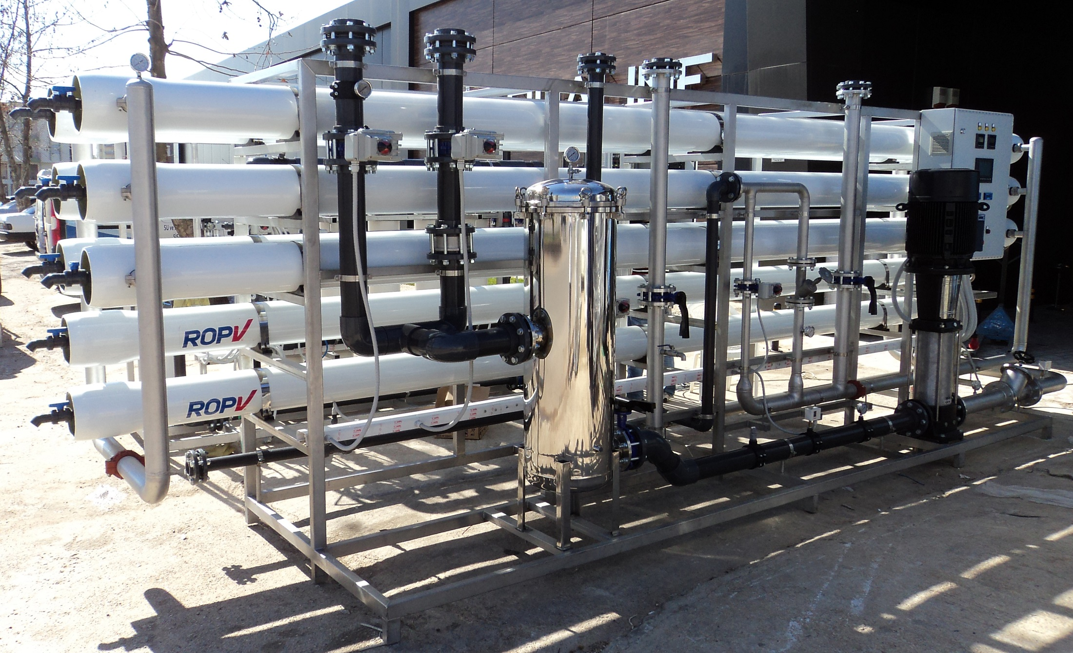 YOUR COMPLETE WATER & SEWAGE SOLUTION